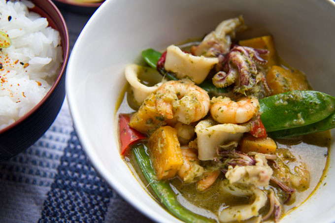 Seafood Thai green curry